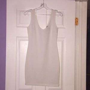 Textured White Body con Dress